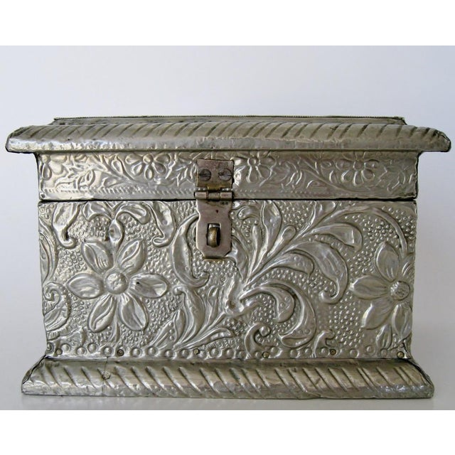Vintage Embossed Keepsake Box - Image 2 of 8