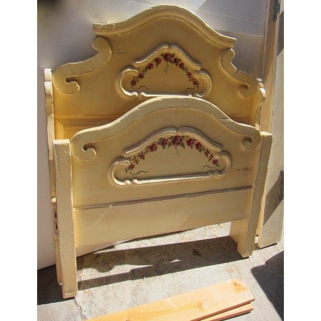Antique Twin Cream Shabby Chic Wooden Bedframe - Image 9 of 11