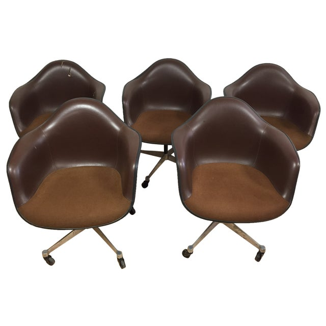 Eames Shell Chairs for Herman Miller - Set of 5 - Image 1 of 9