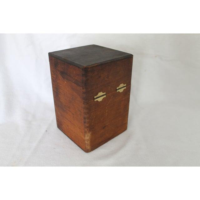 Vintage El Producto Queens Cigar Box - Image 3 of 8