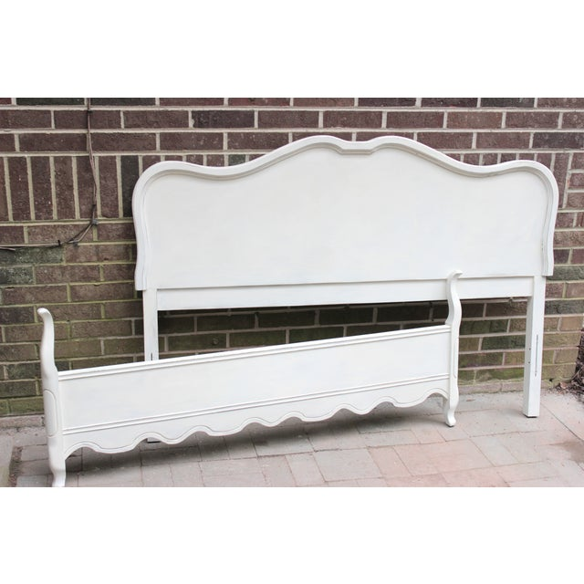 French Provincial Painted White Full Bedframe - Image 2 of 7