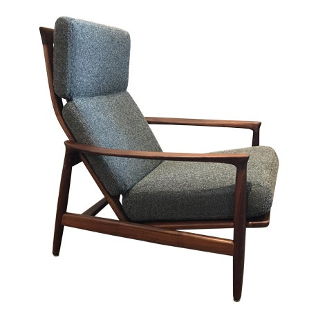 Dux Lounge Chair - Image 1 of 7