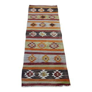 "Traditional Turkish Kilim Rug - 2'6"" x 8'2"""