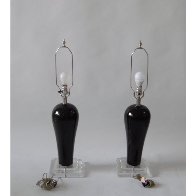 Mid-Century Lucite & Ceramic Table Lamps - A Pair - Image 3 of 9