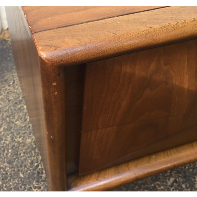Mid-Century Diamond Front Nightstands - A Pair - Image 7 of 11