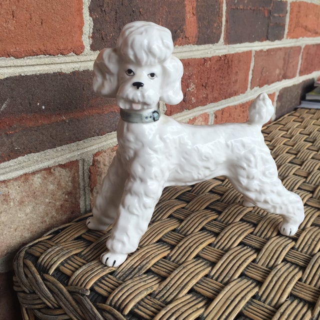 Vintage Ceramic Staffordshire Style Poodle Dog Figurine - Image 7 of 11