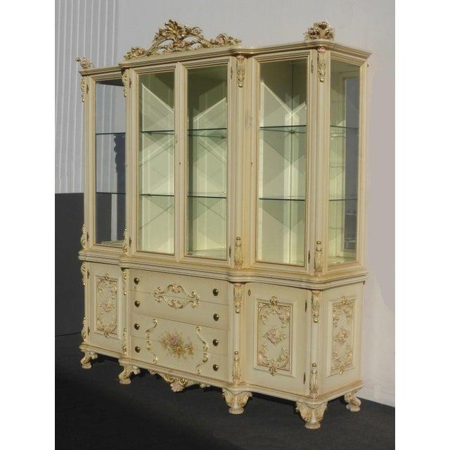 Vintage Off White Ornate Venetian China Cabinet - Image 3 of 11