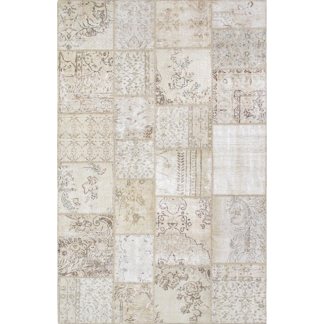Pasargad Patchwork Collection Rug- 5' x 8' - Image 1 of 3