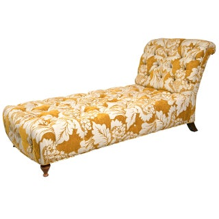 Decorative Tufted Daybed