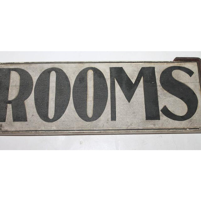 "19th Century Original Painted ""Rooms"" Sign with Iron Bracket - Image 3 of 5"