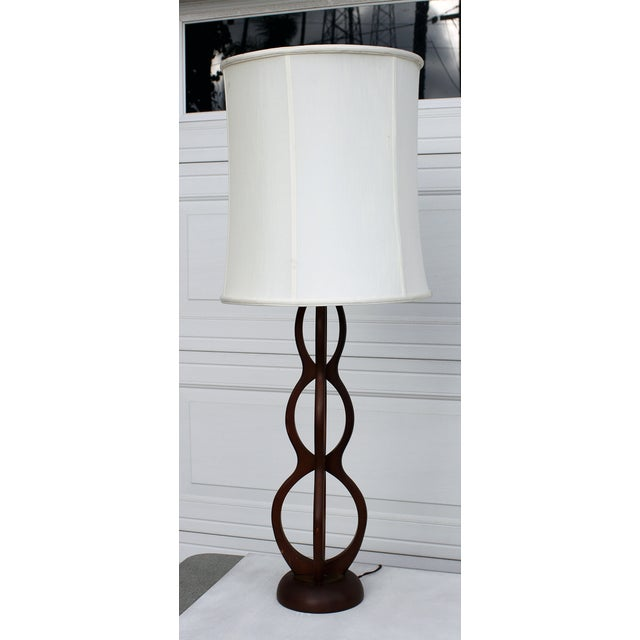 Mid Century Modern Wooden Sculptural Table Lamp - Image 5 of 7
