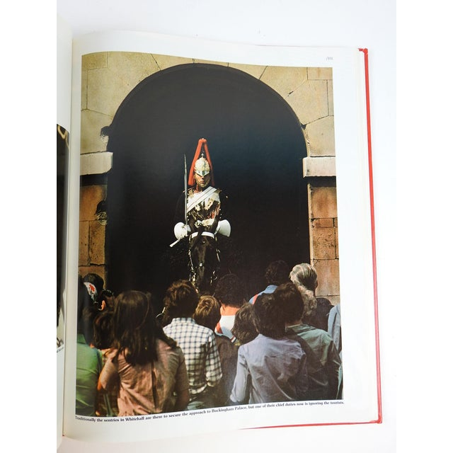 'London: The Great Cities' Book - Image 11 of 11
