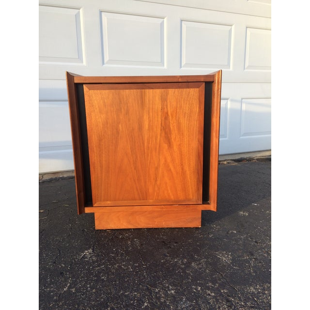 Dillingham Esprit Mid-Century Modern Nightstand - Image 3 of 10