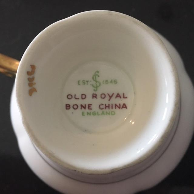 Vintage Royal Bone China Tea Cup and Saucer - Image 6 of 6