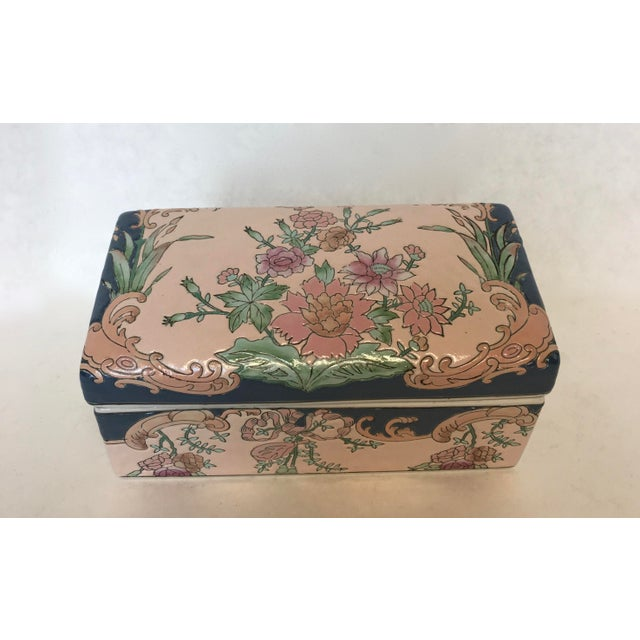 Chinese Hand-Painted Porcelain Lotus Box - Image 3 of 5