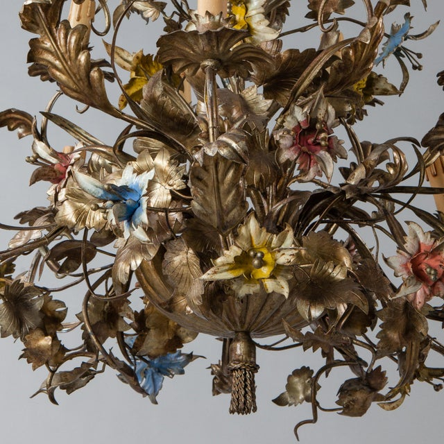 French Large All Tole Floral Chandelier - Image 5 of 11