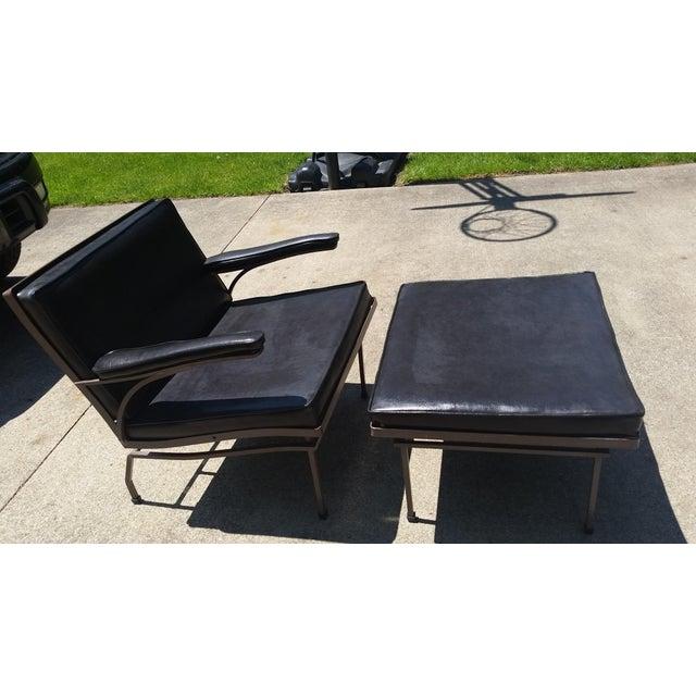 Image of Russel Woodard Mid-Century Lounge Chair & Ottoman