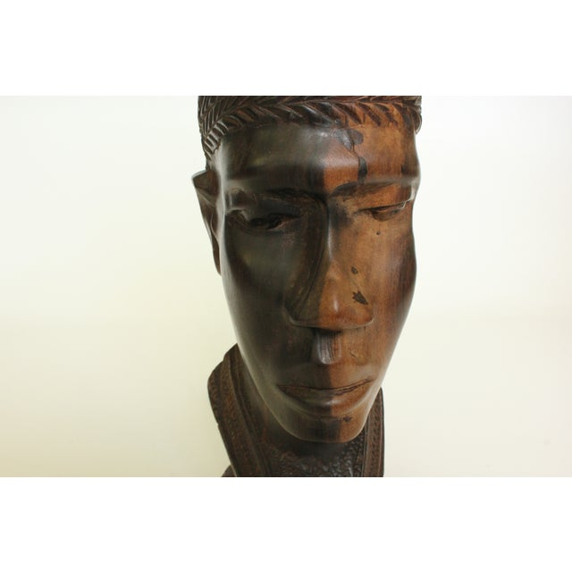 African Bust Table Lamp with Cheetah Stone Finial - Image 3 of 8