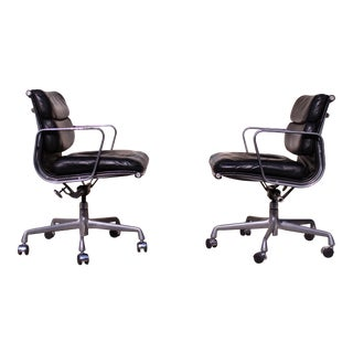 Eames for Herman Miller Aluminum Group Soft Pad Management Office Chair
