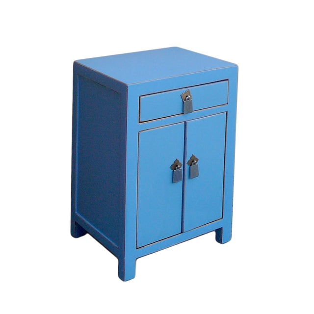 Oriental Pastel Blue Silver Hardware End Table - Image 2 of 4