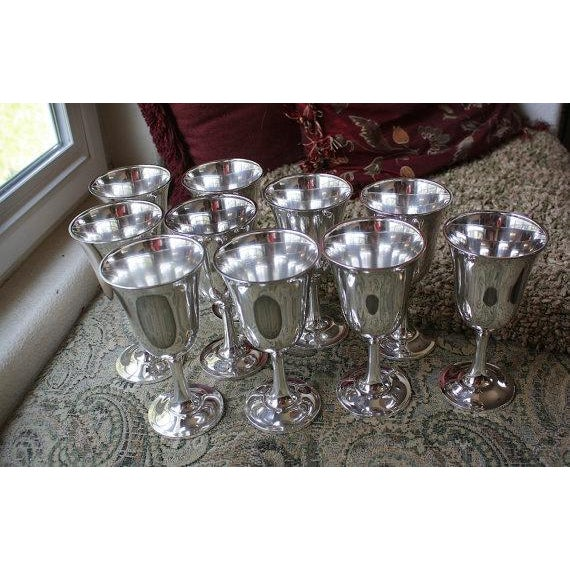 Wallace silversmith water goblets set of 10 chairish for Burke and wallace silversmiths
