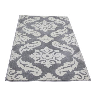 "Small Damask Pattern Rug - 2'8"" X 5'"