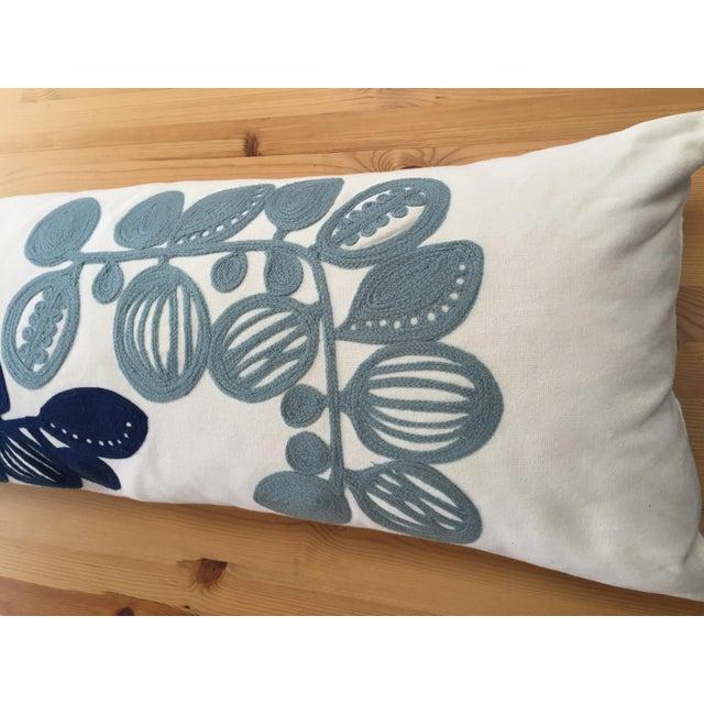 west elm blue white crewel pillow cover chairish. Black Bedroom Furniture Sets. Home Design Ideas