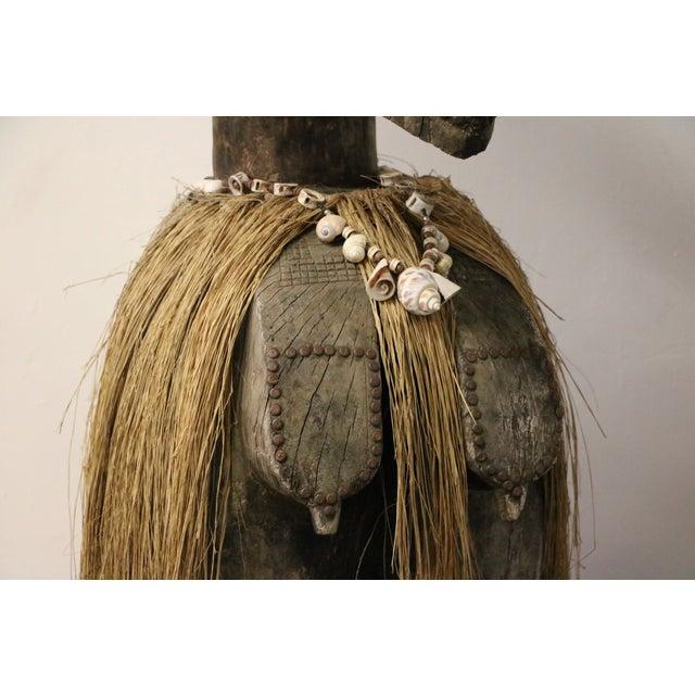 New Guinea Folk Statue - Image 10 of 11