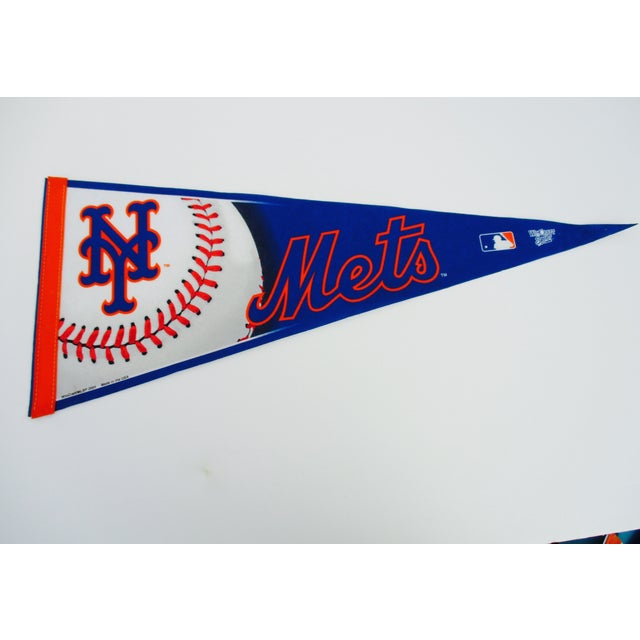 New York City Mets Knicks Pennants - Set of 5 - Image 4 of 10