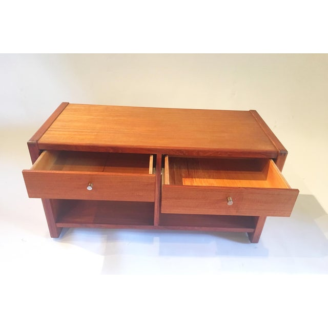 Mid-Century 2 Drawer Cabinet - Image 4 of 5