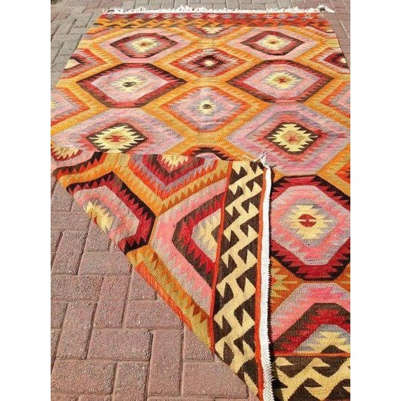 Vintage turkish handwoven kilim rug 5 39 8 x8 39 10 chairish for Decor international handwoven rugs