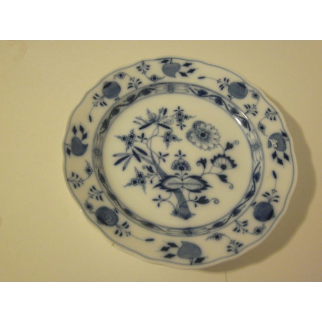 Meissen Blue & White Onion Pattern Porcelain Plate - Image 4 of 6