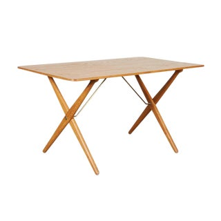 Mid-Century Coffee Table AT308 with Crossed Legs by Hans Wegner