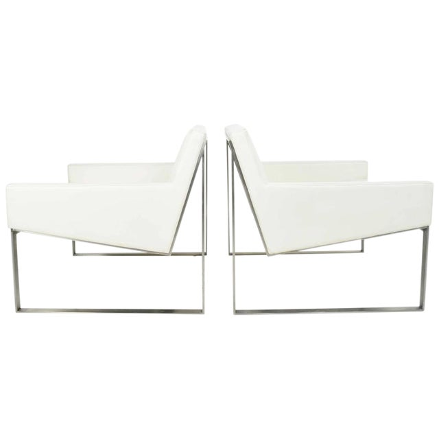 Superb Pair Of B White Leather Lounge Chairs By Fabien Baron For - White leather lounge chair
