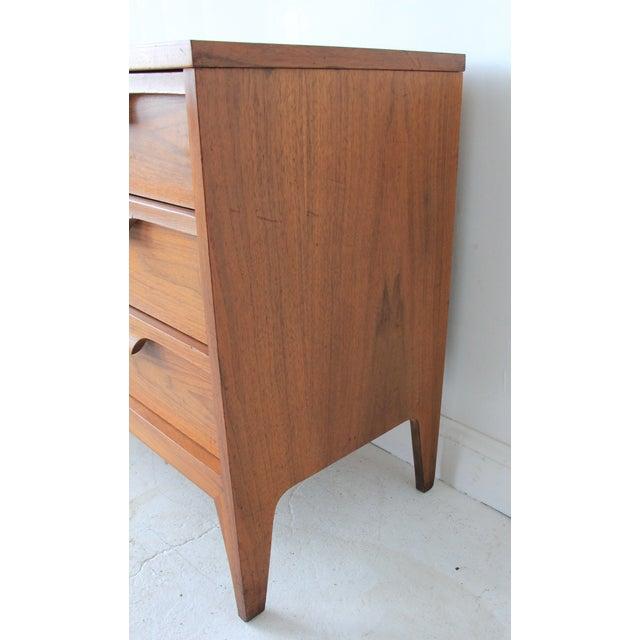 Image of Mid-Century Modern Nine-Drawer Dresser