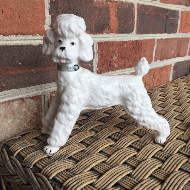Vintage Ceramic Staffordshire Style Poodle Dog Figurine - Image 9 of 11