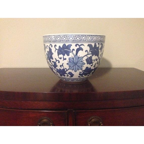 Blue and White Chinoiserie Oriental Planter - Image 2 of 4