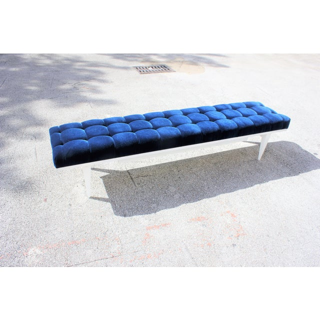 French Art Deco Snow White Lacquered Long Sitting Bench, circa 1940s. - Image 11 of 11