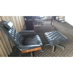 Image of Mid-Century Modern Lounge Chair With Ottoman