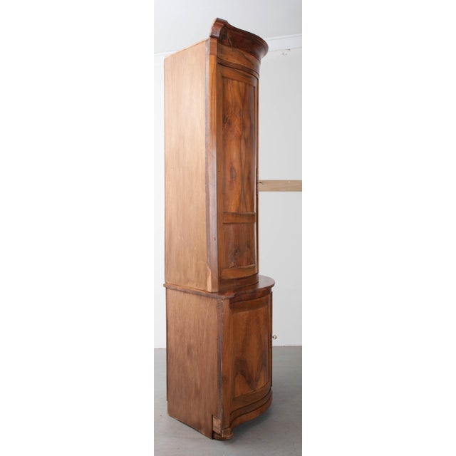 PAIR OF FRENCH 19TH CENTURY WALNUT CORNER CABINETS - Image 10 of 10