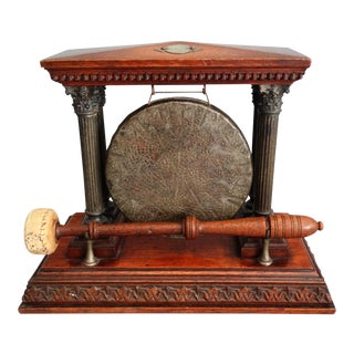 Classical Column Table Dinner Gong