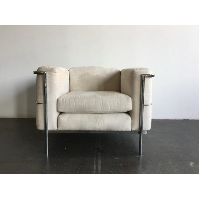 Vintage le corbusier reupholstered chairs a pair chairish for Le corbusier chair history