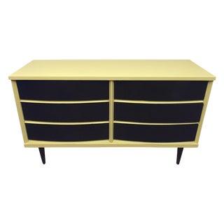 Bassett Mid-Century Modern Dresser