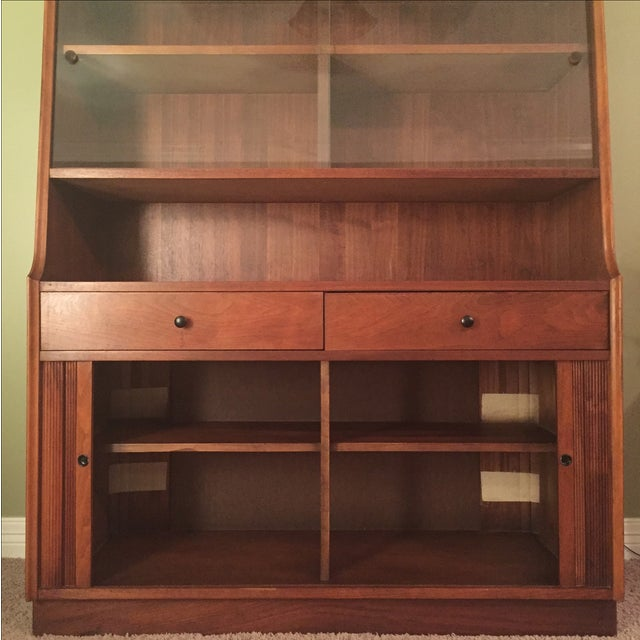 Image of Mid-Century Dillingham Esprit Collection Hutch