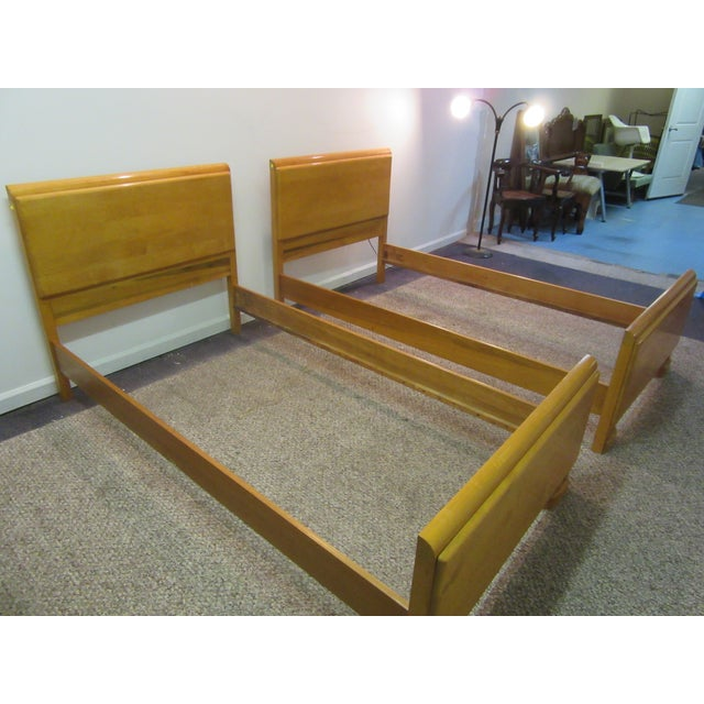 Mid-Century Wakefield Style Twin Beds - A Pair - Image 3 of 11