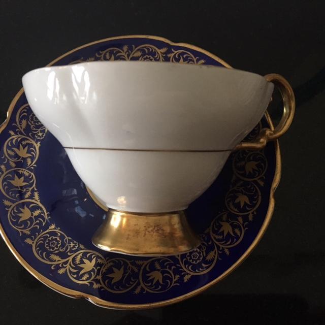 Vintage Royal Bone China Tea Cup and Saucer - Image 3 of 6
