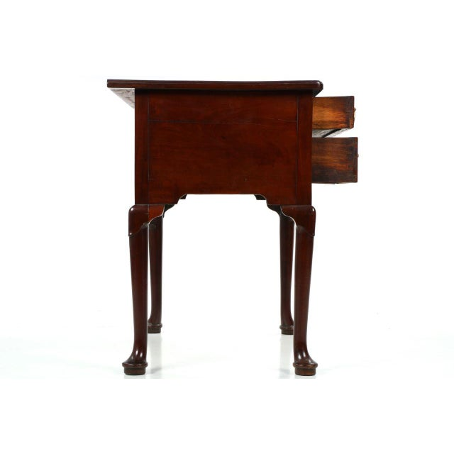 Fine English Georgian Mahogany Lowboy Dressing Table, Circa Late 18th/Early 19th Century - Image 5 of 10