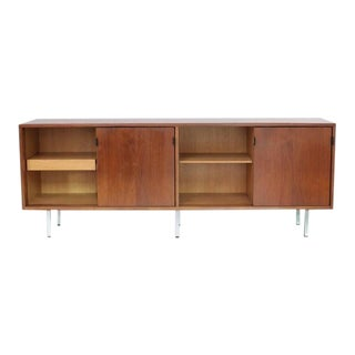 Florence Knoll Credenza Sideboard Walnut with Leather Pulls