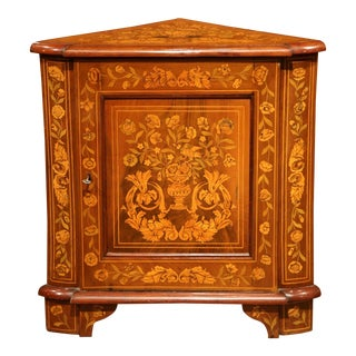 Early 19th Century Dutch Walnut Marquetry Corner Cabinet with Inlay Work
