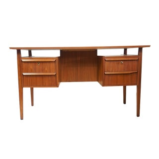 Danish Floating Dual Sided Desk